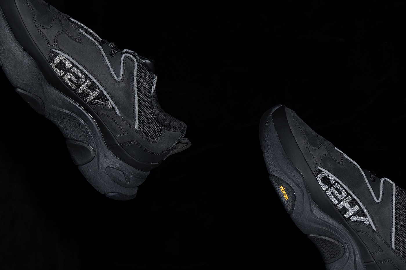 https___hypebeast.com_image_2020_11_c2h4-footwear-atom-alpha-quark-alpha-release-info-004