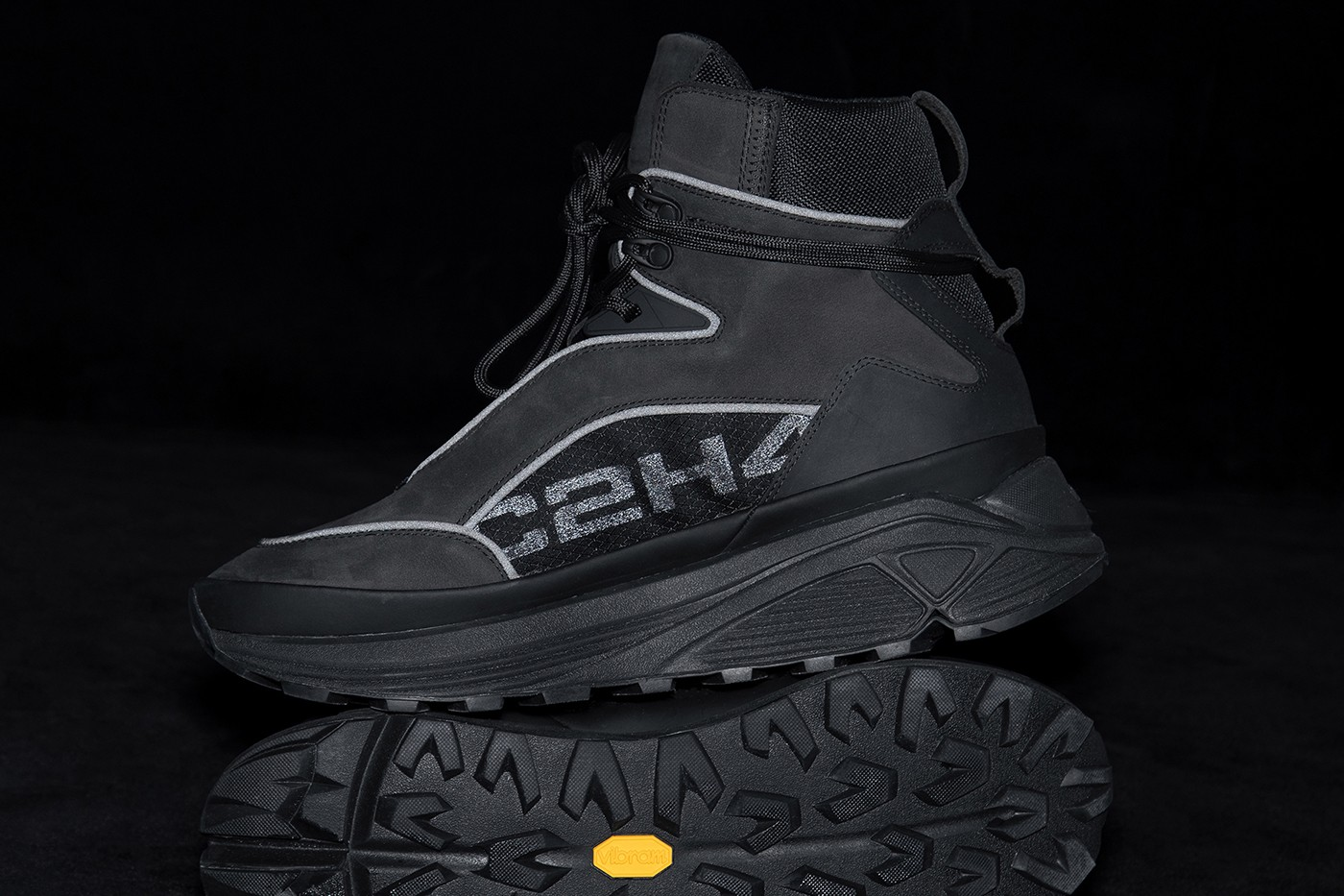 https___hypebeast.com_image_2020_11_c2h4-footwear-atom-alpha-quark-alpha-release-info-008